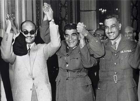 """23 يوليو في ذكراها الـ66.. محمد نجيب كما يراه السادات في """"قصة الثورة"""""""