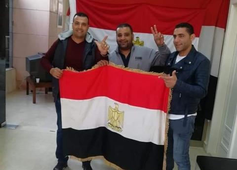 شباب مصر في بيروت يدلون بأصواتهم بالاستفتاء على التعديلات الدستورية