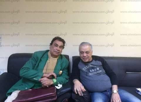 """بالصور  استجابة لـ""""الوطن"""".. أشرف زكي يستقبل الفنان سيد مصطفي في مكتبه"""
