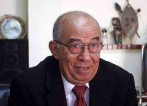 نقيب الصحفيين: حسين عبدالرازق كان صوت المعارضة العاقل