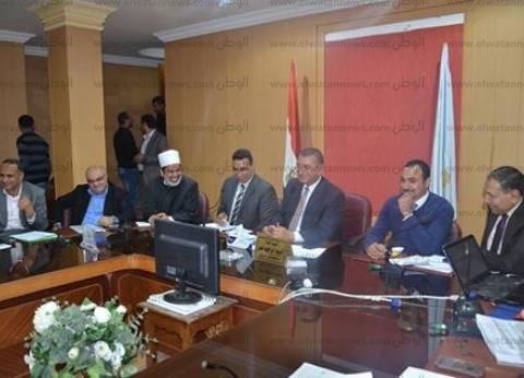 محافظ كفر الشيخ يطالب بصيانة أعمدة الإنارة ومراجعة الكابلات الكهربائية