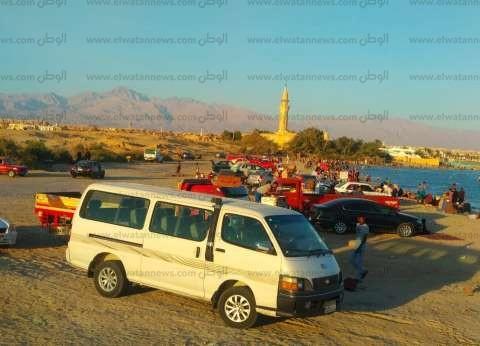 إقبال من المصطافين على شواطئ جنوب سيناء في العيد