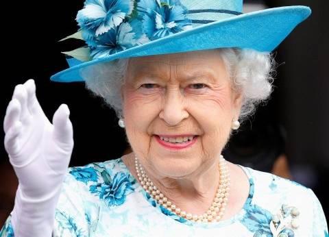 """وسائل إعلام أمريكية: الملكة إليزابيث تنصب """"باركر"""" ملكة بريطانيا قريبا"""