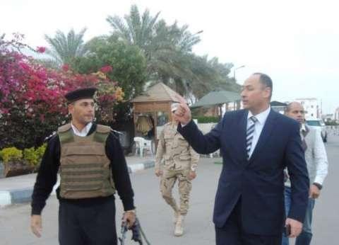 مدير أمن جنوب سيناء يتفقد الارتكازات ونقاط التفتيش الأمنية بشرم الشيخ