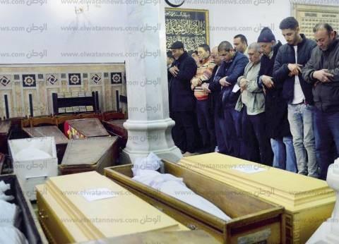 تشييع جثامين طاقم طائرة مصر للطيران «المنكوبة»