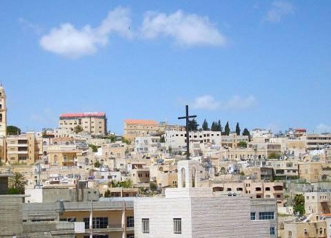 الفلسطينيون يحيون عيد الميلاد وسط دعوات لمقاطعة الاحتفالات