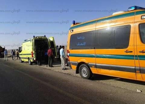 إصابة 10 أشخاص بينهم 9 أطفال في حادث انقلاب ميكروباص بمطروح