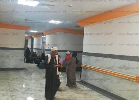 مستشفيات بني سويف تذيع السلام الجمهوري وقسم الأطباء