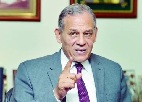 برلماني يطالب بإسقاط الجنسية المصرية عن السادات