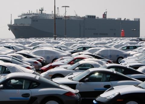 """""""المالية"""" تعلن عن مزاد لبيع سيارات.. تعرف على التفاصيل"""