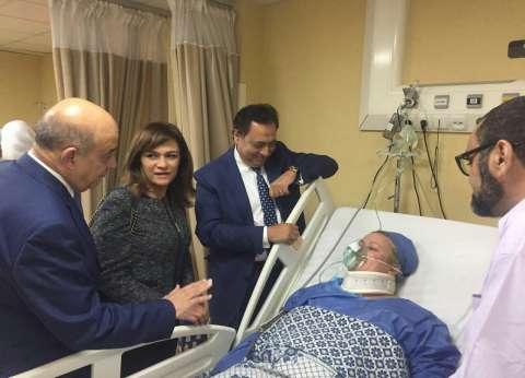 وزير السياحة يطمئن على مصابي حادث الغردقة