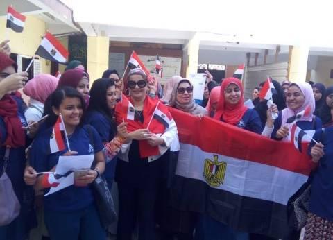 """إقبال كبير من طلاب """"آداب بنها"""" للتصويت في الانتخابات الرئاسية"""