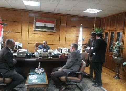 رئيس جامعة أسيوط يدعو المواطنين لدعم مشروع مستشفى 2020