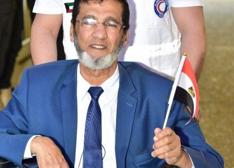 بالصور| توافد المصريين في الكويت على السفارة للمشاركة بالاستفتاء