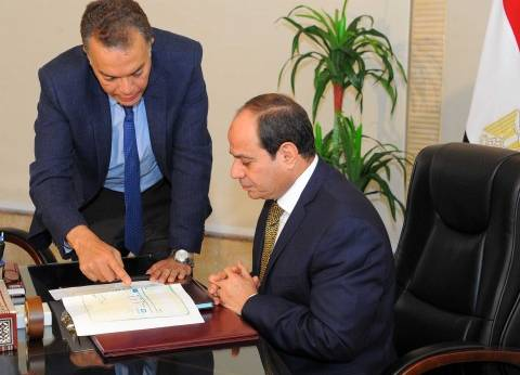 السيسي يجتمع بوزير النقل لمتابعة نتائج تحقيقات حادث قطاري الإسكندرية