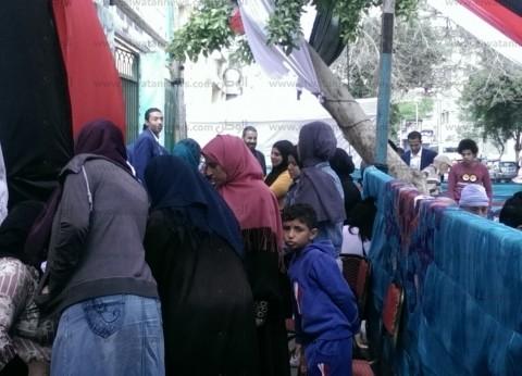 حضور مكثف من الناخبين بلجان العياط في ثاني أيام الاستفتاء