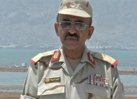 النيابة تعاين موقع مصرع مساعد وزير الدفاع اليمني في الطالبية
