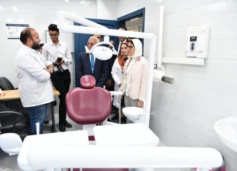 وزيرة الصحة تتابع حالة طفلين مولودين بعيوب خلقية بمستشفى في بورسعيد