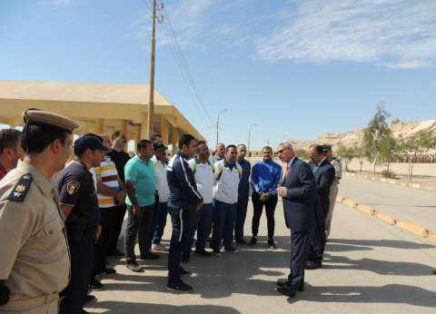 مدير أمن المنيا يحضر تدريب عملي حول استيقاف وتفتيش السيارات والأشخاص