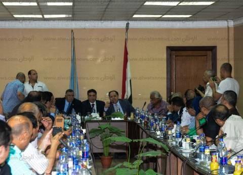 """اجتماع طارئ لـ""""اتحاد عمال مصر"""" لبحث أزمة علاوة العاملين"""