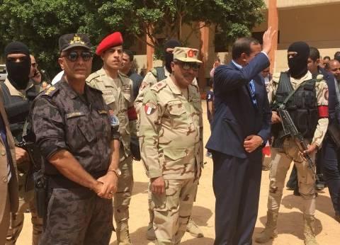 مساعد وزير الدفاع يتفقد اللجان الانتخابية في سوهاج
