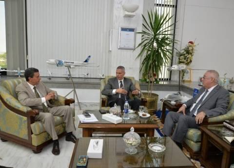 """رئيس """"مصر للطيران"""" يبحث تحديات الطيران مع أمين """"العربي للنقل الجوي"""""""