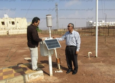بالصور| رئيس مدينة أبو رديس يتابع حالة الطقس بهيئة الأرصاد الجوية