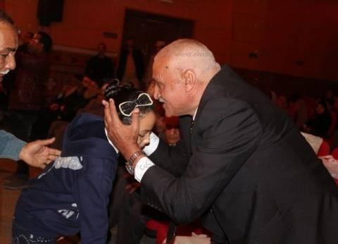 محافظة السويس تكرم أسر شهداء ثورة 25 يناير