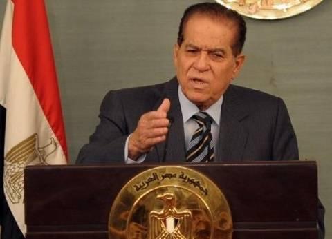 الجنزوري يدلي بصوته في مصر الجديدة