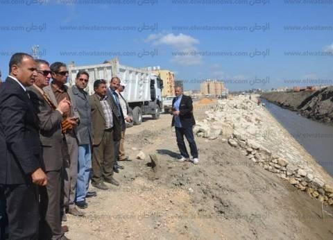 محافظ كفر الشيخ يتفقد أعمال إنشاء كورنيش بحيرة البرلس