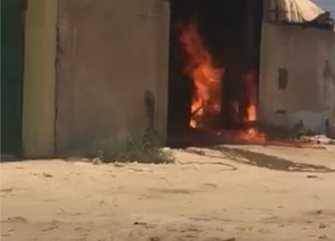 حريق داخل مصنع بالكيلو 28 غرب الإسكندرية