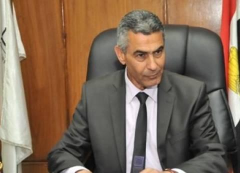 """وزير النقل يشهد أولى رحلات قطار الـ """"vip"""" إلى أسوان"""