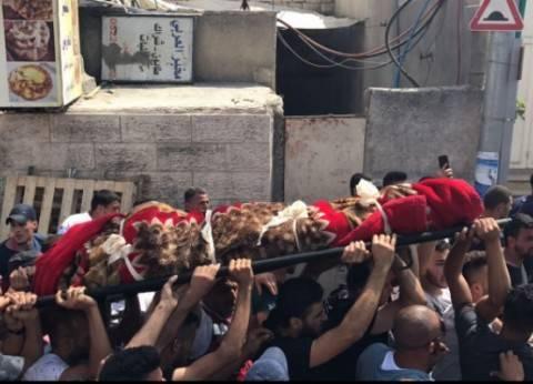 نابلس تحيي ذكرى يوم الشهيد بزيارة أضرحة الشهداء
