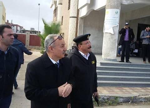 مدير أمن بورسعيد يتفقد المدارس في أول يوم دراسي