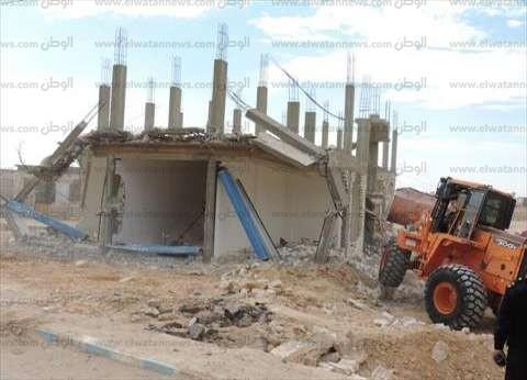 """إزالة تعديات على 325 فدانا من أراضي الدولة بطريق """"مطروح – الإسكندرية"""""""