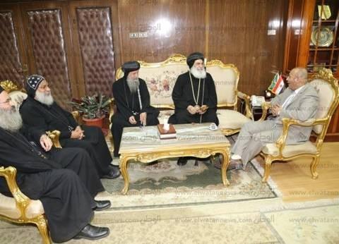 محافظ المنوفية يستقبل وفد الكنيسة للتهنئة بعيد الأضحى المبارك
