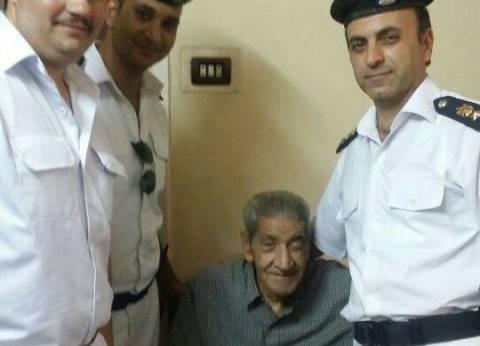 مديرية أمن القاهرة توافق على نقل مسن إلى مكتب البريد لاستلام معاشه