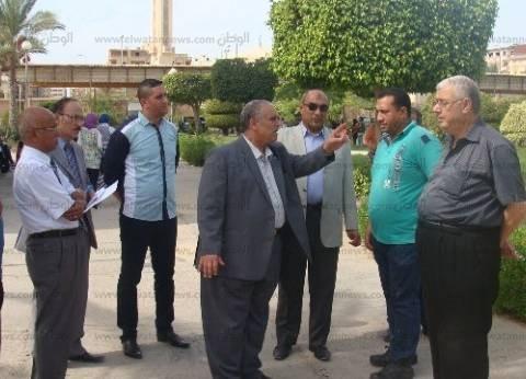 رئيس جامعة دمياط يلزم مقاول صيانة بإزالة المخلفات أو تعليق مستحقاته