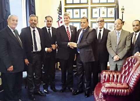 وفد برلمانى لدعم «السيسى» بـ«وقفات تأييد» ولقاءات مع مسئولين