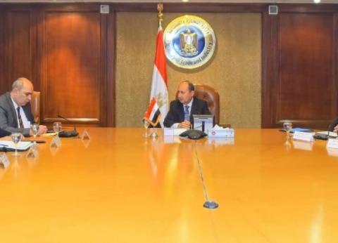 وزير التجارة والصناعة يصدر قرارا بإعادة تشكيل المجالس التصديرية