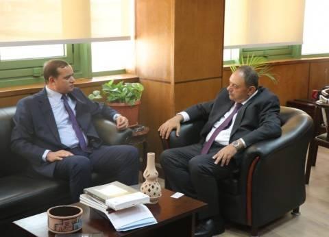 """جامعة سوهاج تبحث التعاون العلمي مع مكتب """"اليونسكو"""" بالقاهرة"""