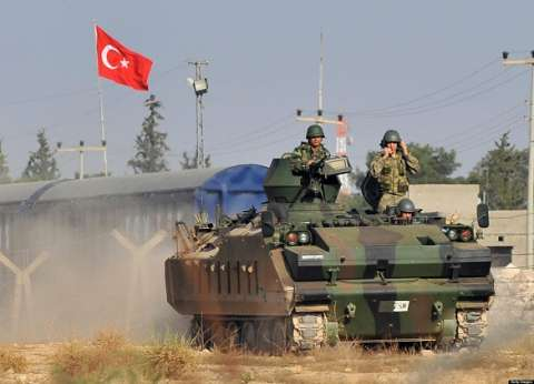 """المدفعية التركية تقصف مواقع لـ """"داعش"""" في سوريا"""