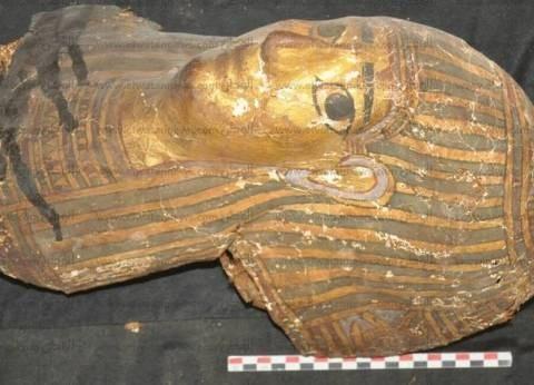 """اكتشاف 10 مقابر بالقرب من """"ضريح الأغاخان"""" في أسوان"""