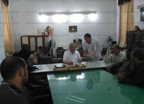 رئيس مدينة بني سويف يستمع لمشاكل المواطنين في اللقاء المفتوح