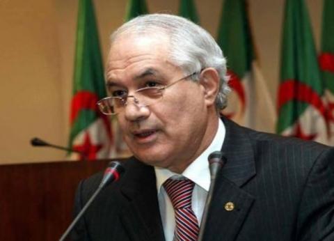 أنباء عن توقيف وزير العدل الجزائري السابق أثناء محاولته مغادرة البلاد