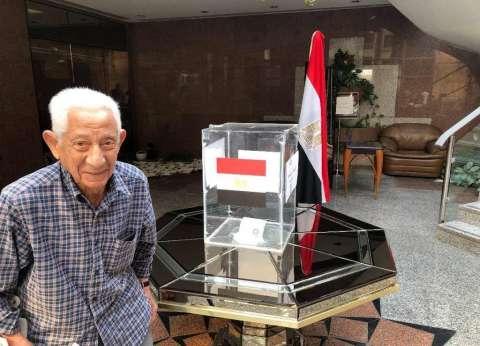 قنصل مصر في دبي: مدّ فترة عمل اللجان أمس بسبب الإقبال الشديد