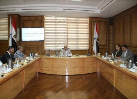 """رئيس جامعة كفر الشيخ يوجه """"هيئة التدريس"""" بترشيد الإنفاق في الكليات"""