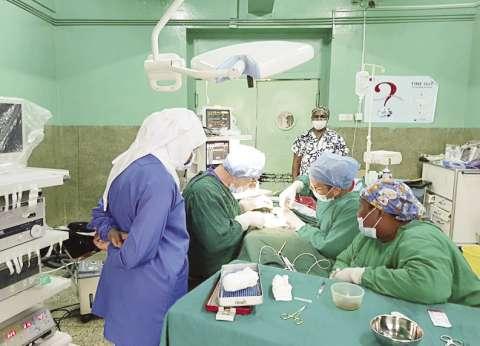«التعليم العالى»: أنجزنا 167 جراحة طبية فى كينيا وتنزانيا