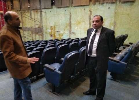 رئيس جامعة بني سويف يتابع أعمال تطوير مركز المؤتمرات