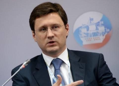 """وزير روسي: موسكو بدأت خفض إنتاج النفط في إطار اتفاقيات """"أوبك"""""""